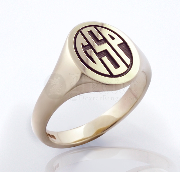 Monogramed Classic Oval Signet Ring - Block / Elevated