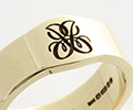 Monogramed Signet Ring - Script / Traditional
