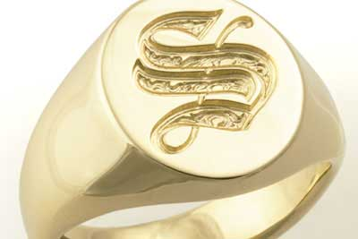 Monogram Single Letter S Old English On a Gold Classic Oval Signet Ring