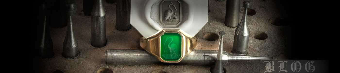 Green Agate Signet Ring Seal Engraved With Heron Crest