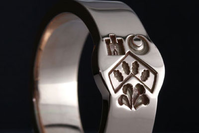 Heraldic Charges Engraved on a Mini Cigar Band
