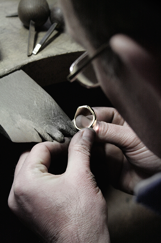 Signet ring purity